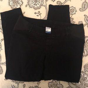 Pants - Old navy maternity pixie skinny Capri 6 regular